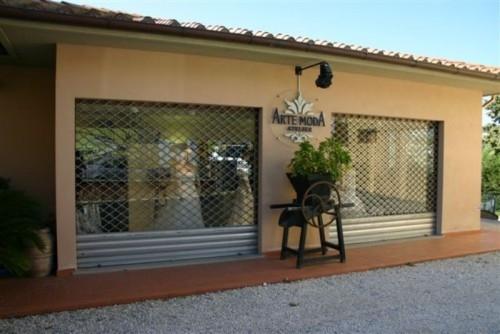 Porte per garage portoni sezionali e basculanti cancelli automatici e serrande serramenti - Serrande avvolgibili per finestre ...