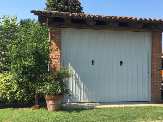 Porta Basculante Mod. Iron Grosseto (GR)