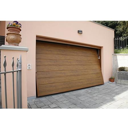 Portoni e porte basculanti per garage richiedi prezzo o for Casa con garage laterale