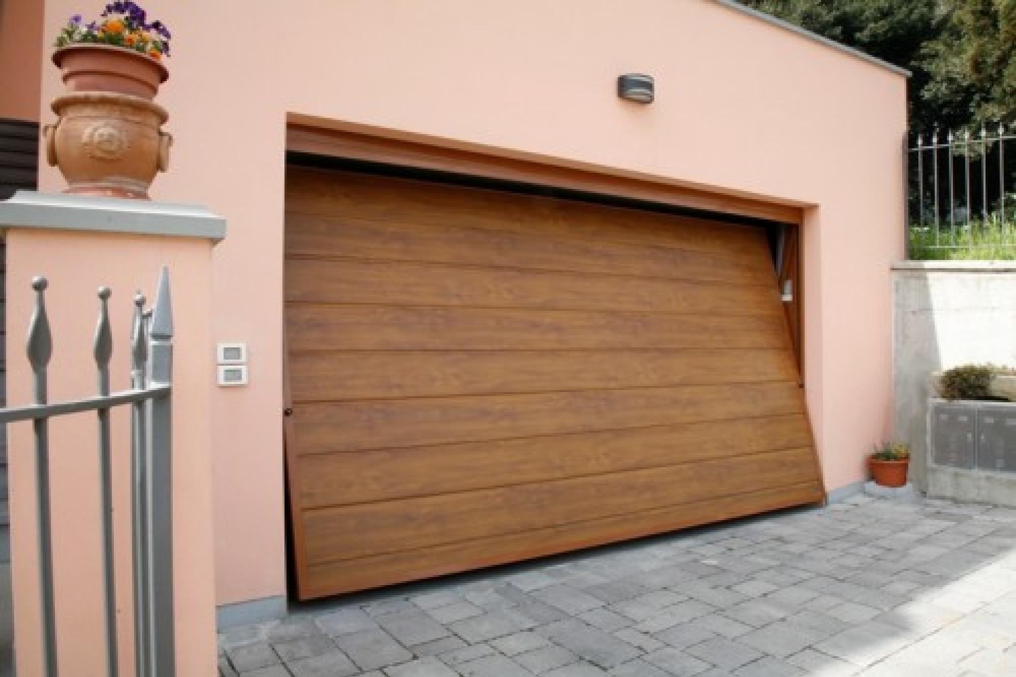 Sunset porta basculante linea acciaio simil legno porte for Porte basculante garage